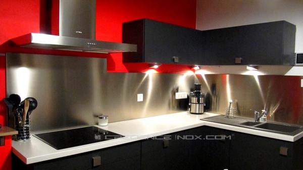 Cr dence de cuisine en inox for Credence cuisine rouge