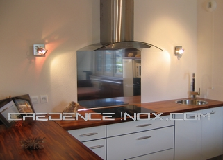 Cr dence inox miroir le blog d coration de cr dence inox for Habillage de hotte de cuisine