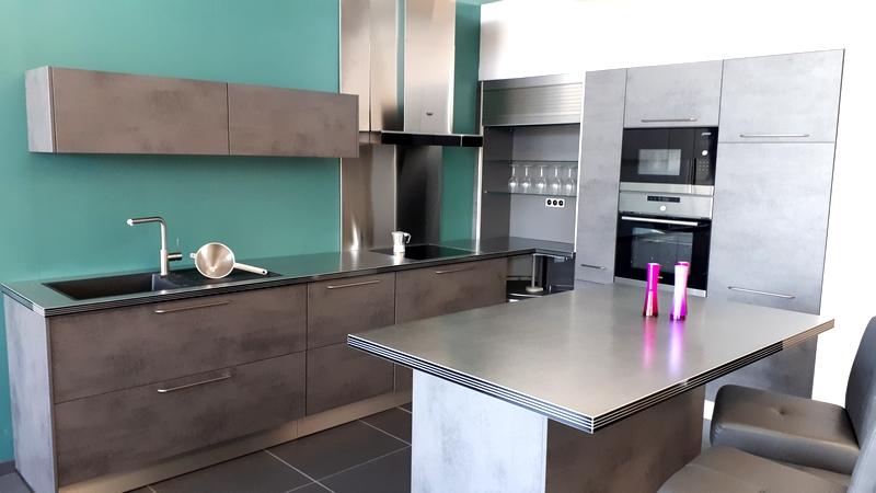 cr dence en inox et rev tement mural pour cuisine salle de bains. Black Bedroom Furniture Sets. Home Design Ideas