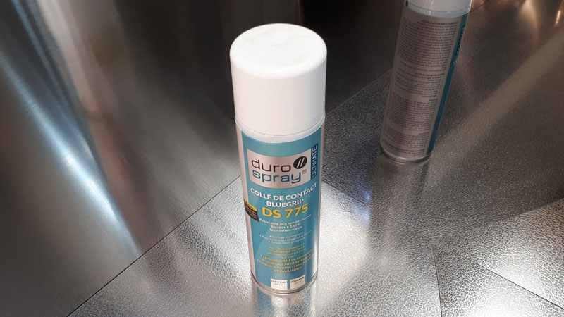 colle spray pour plaque d'inox