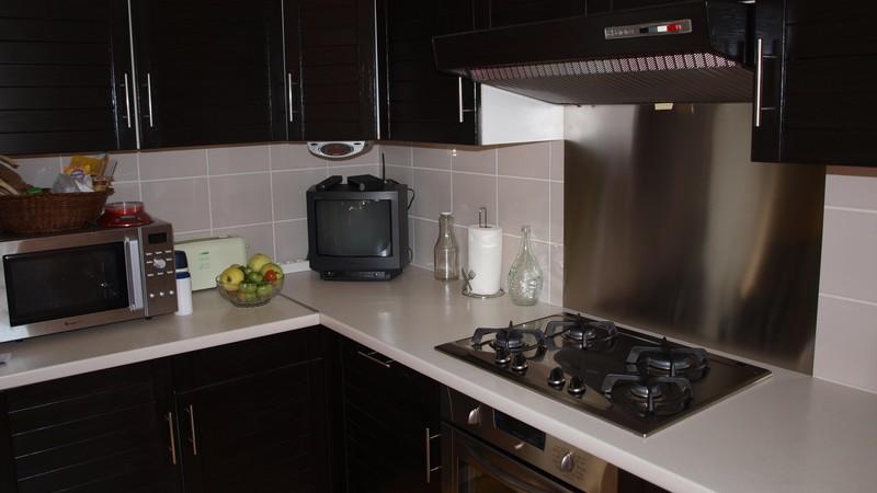 nettoyer credence inox nettoyer credence inox awesome comment nettoyer l inox d nettoyer. Black Bedroom Furniture Sets. Home Design Ideas