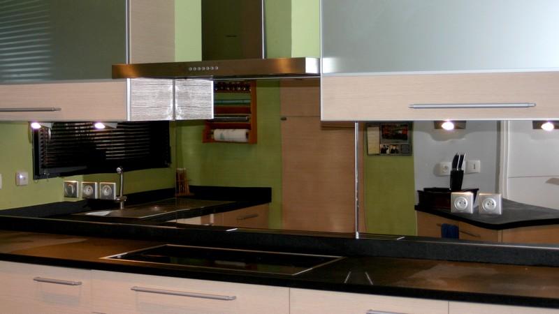foire aux questions tout savoir sur la cr dence et le. Black Bedroom Furniture Sets. Home Design Ideas